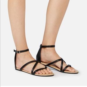 NWT JustFab Strappy Black Sandals Size 7